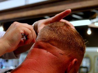 Opgeschoren kapsel voor mannen wel of niet doen